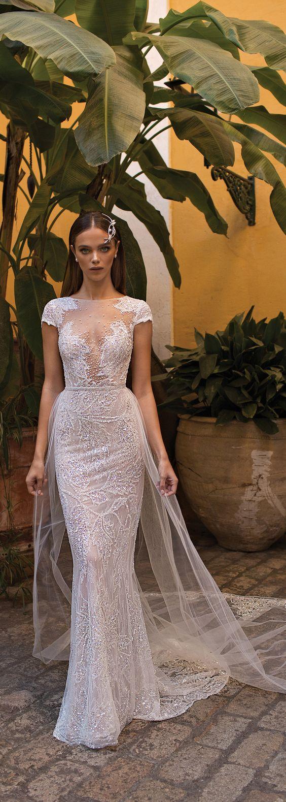 Vestidos de novia para boda civil elegantes
