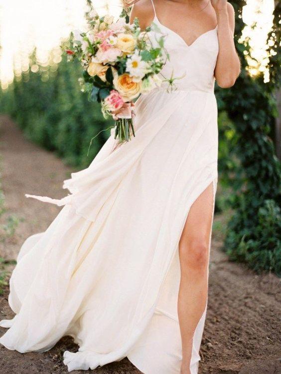 Vestidos de novia civil en jardin