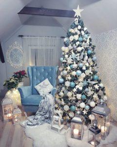 arboles de navidad en azul y plata