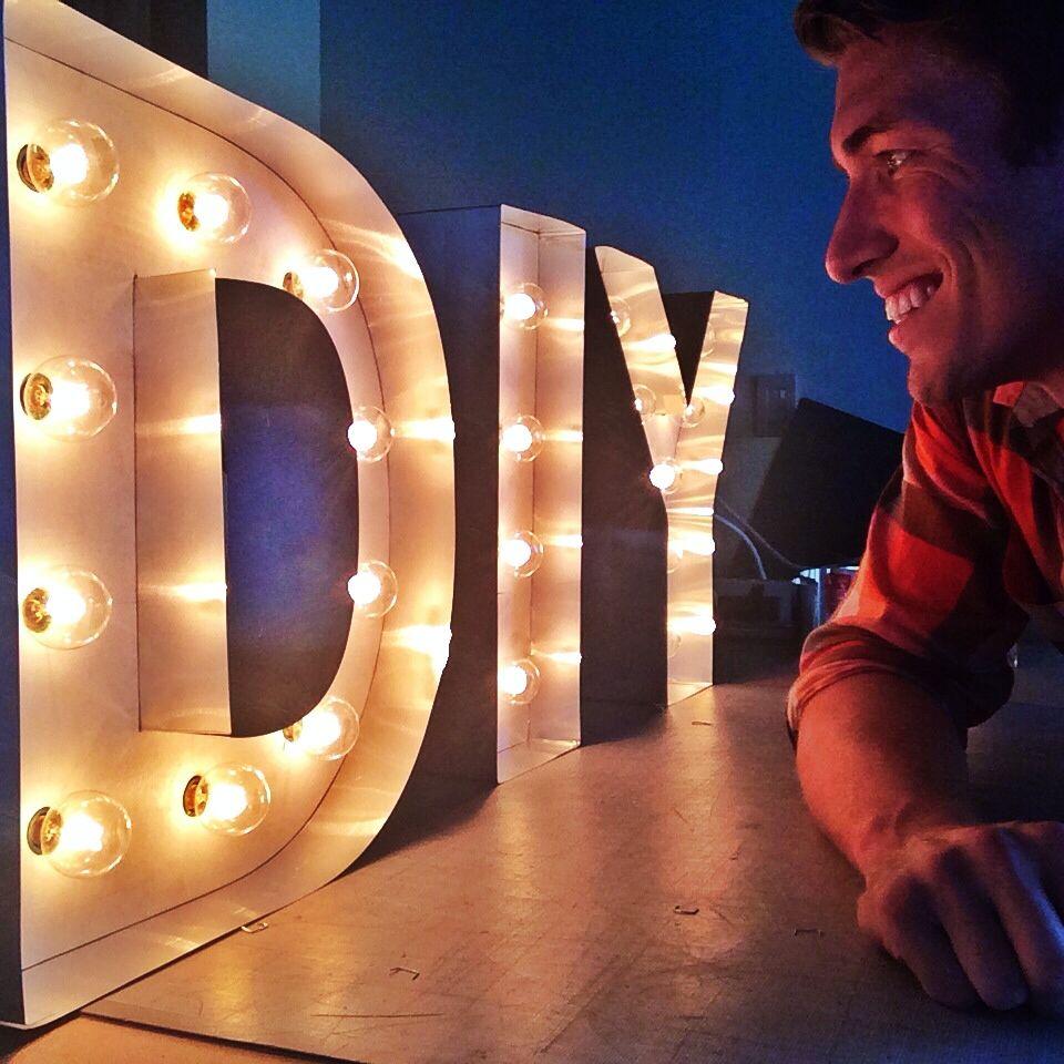 Como hacer letras luminosas gigantes