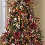 arboles de navidad rojo y dorado decorados 2018