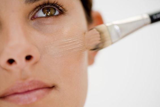 Como aplicar la base de maquillaje