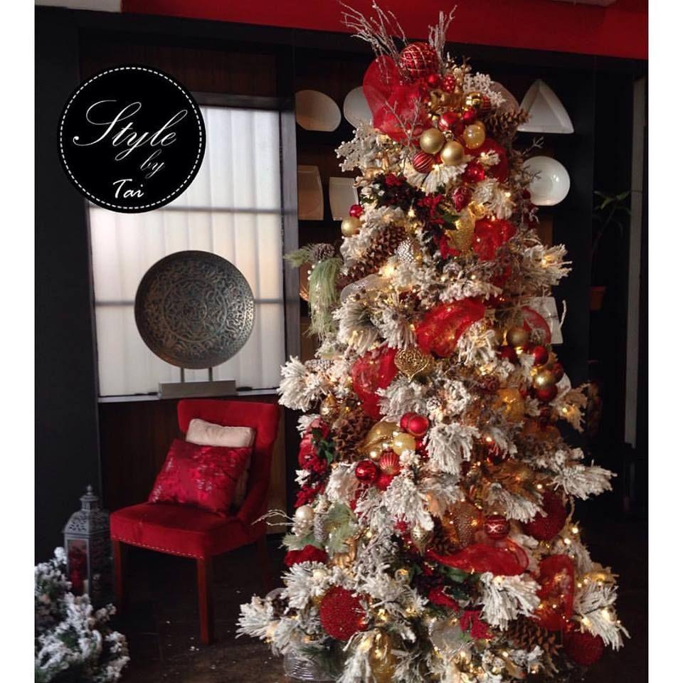 Rboles de navidad decorados en rojo y dorado tendencias - Decorar arbol de navidad blanco ...