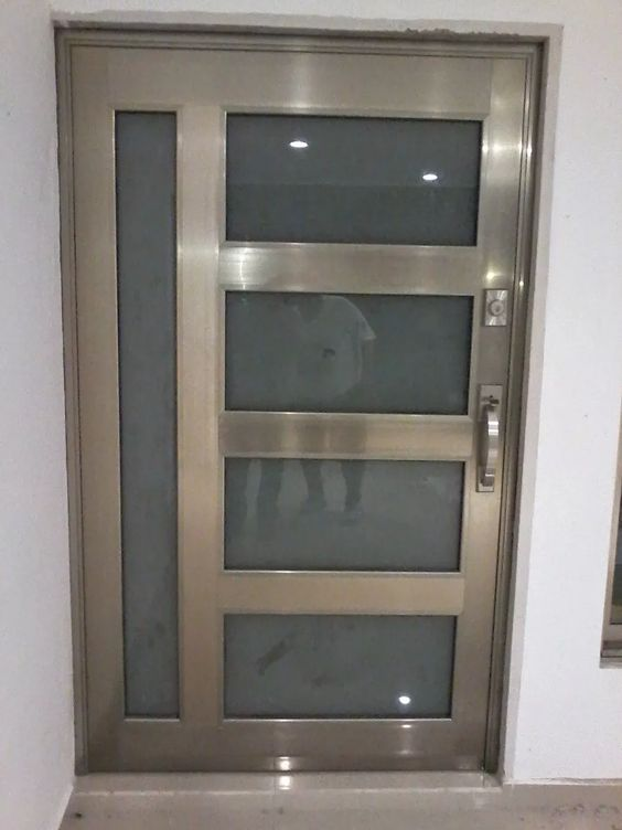 Diseños de puertas de aluminio para exterior