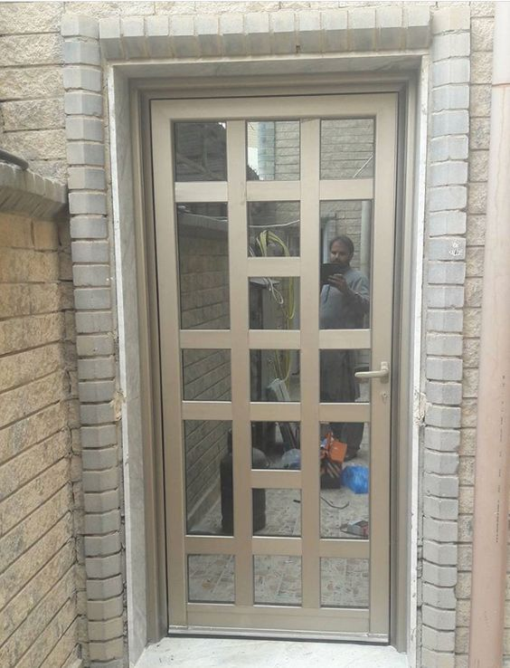 puertas principales de aluminio dise os de puertas modernas On disenos de puertas de aluminio para exterior