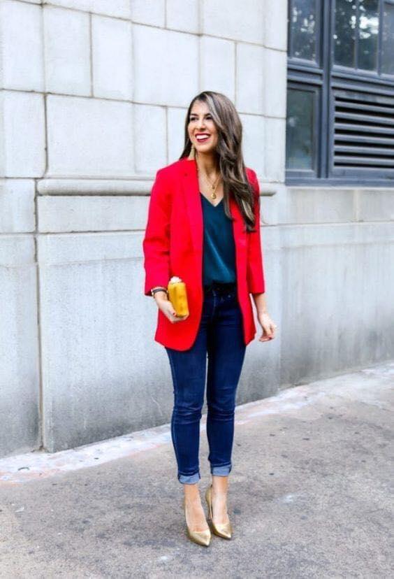 Blazer rojo largo para outfit elegante
