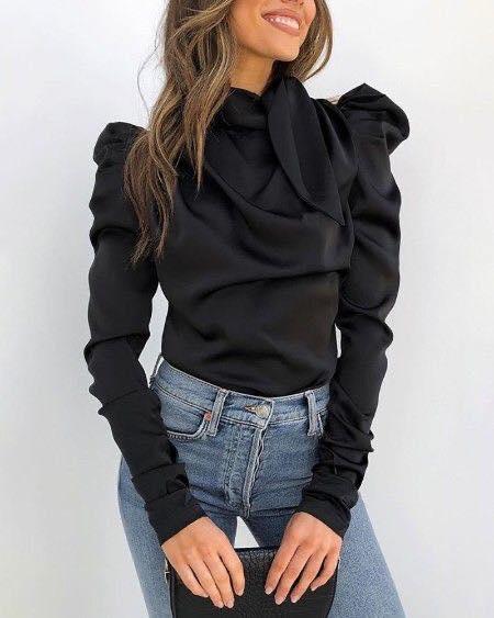 Blusa de manga larga irregular de color negro para mujeres madura