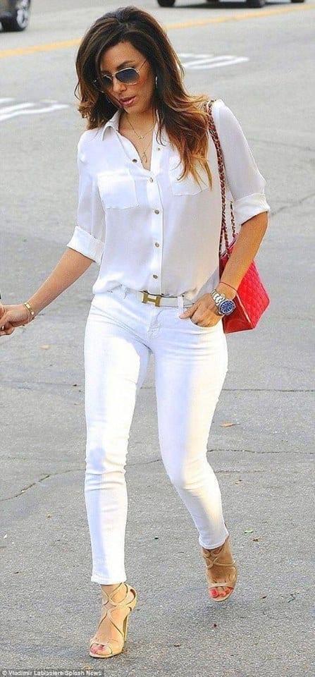 Estilo casual con blusa y pantalón color blanco