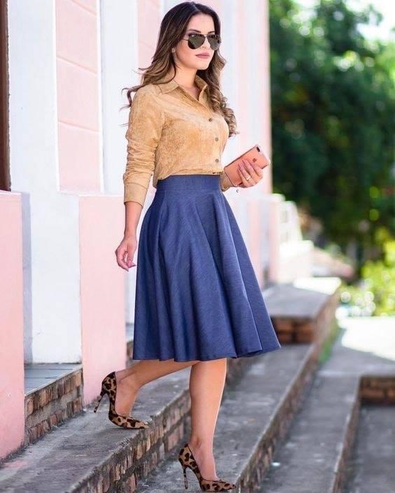 Estilo redondo para falda sencilla de mujeres maduras