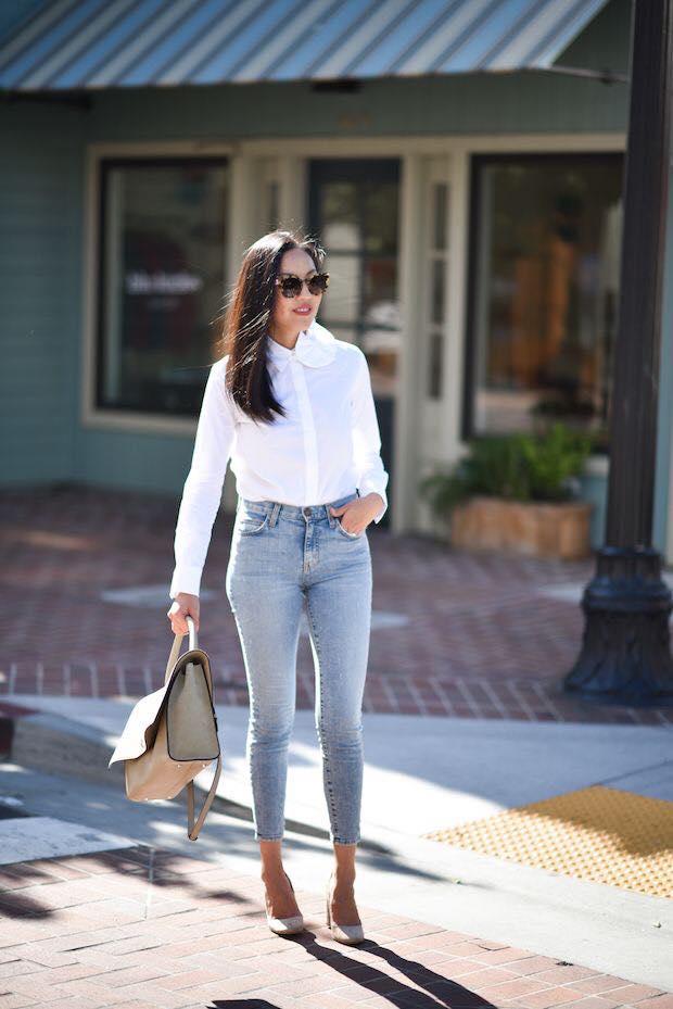 Jeans lisos con color blanco para outfit de mujeres maduras