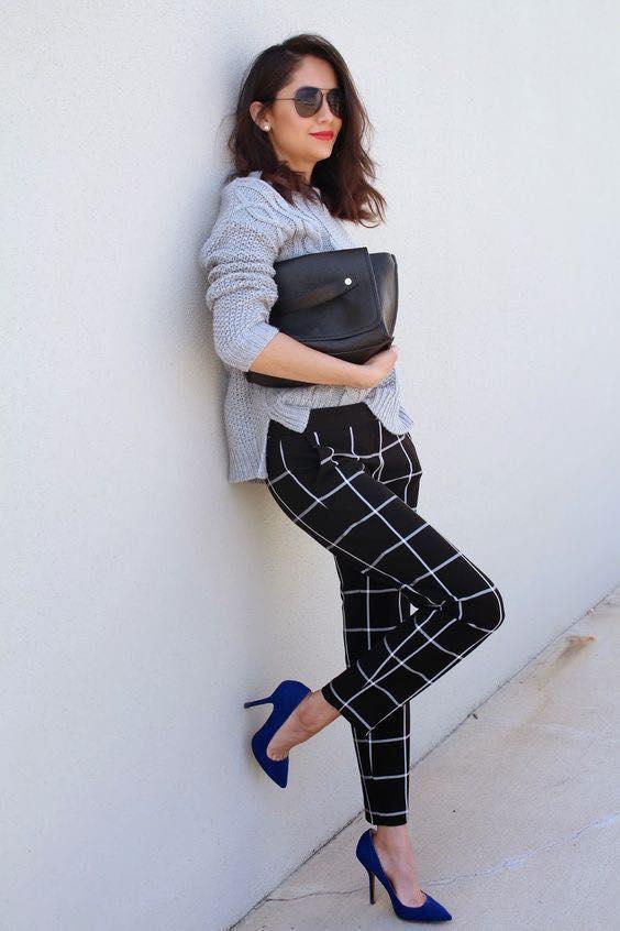 Pantalón estampado geométrico de mujeres de 40 años o más