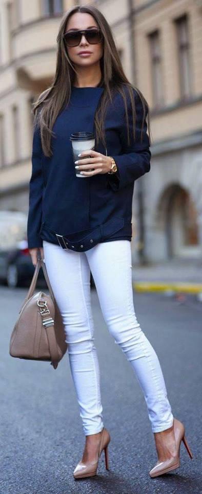 Suéter con pantalón blanco para outfit casual