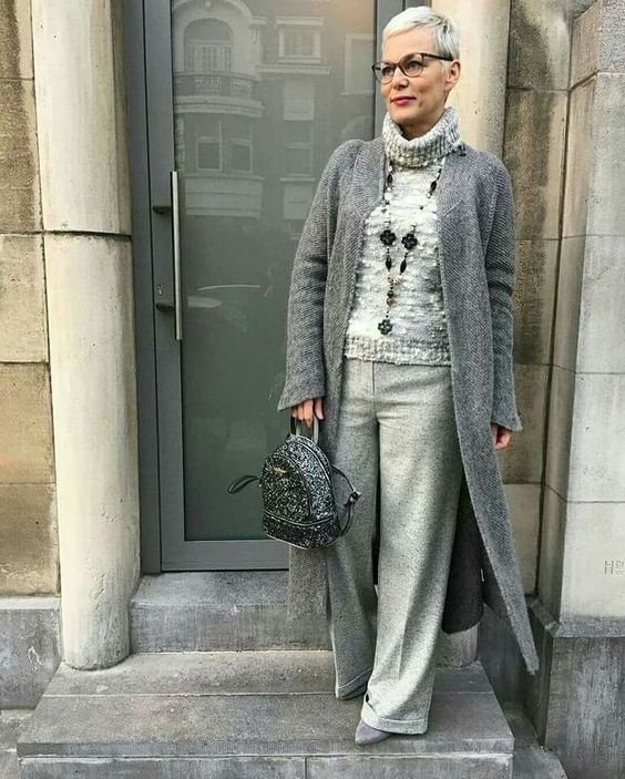 Suéter de lana para mujer de más de 50 años