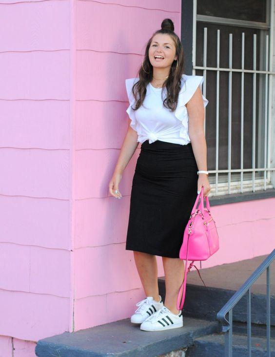 Outfits con faldas y tenis