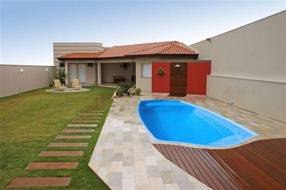 Casas con patio y piscina