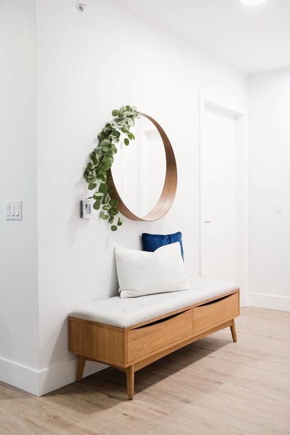 Decora tus paredes con espejos