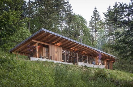 Casas de campo con techo inclinado