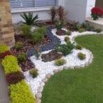 Decoración del jardín o patio con plantas
