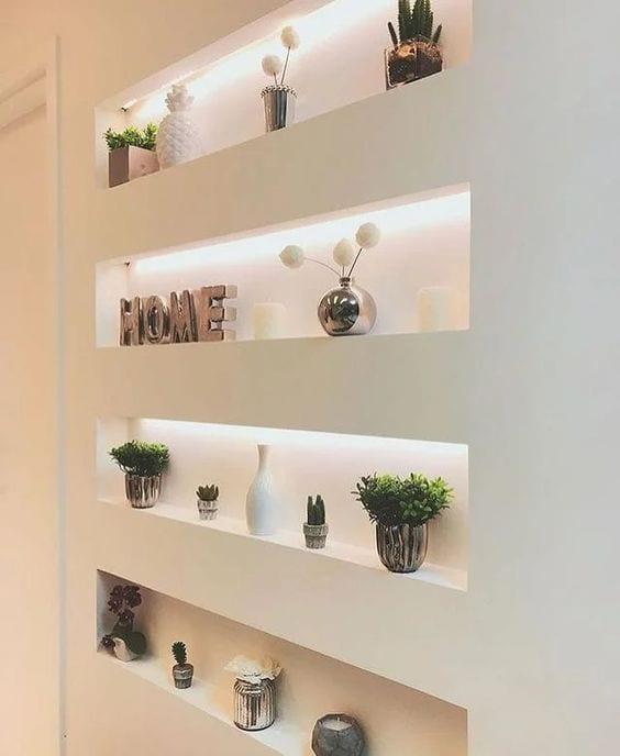 Nichos funcionales para decorar y organizar paredes