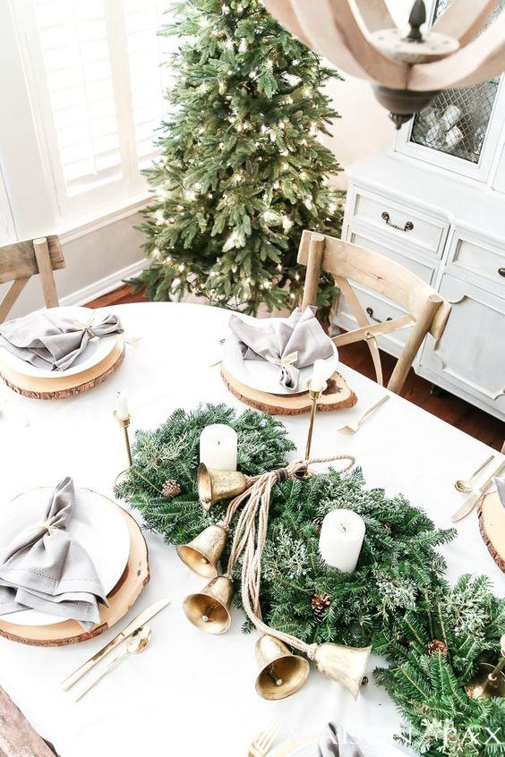Centros de mesa para navidad verde con dorado