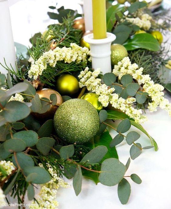 Guirnaldas navideñas verde con dorado