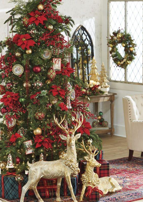 Colores de la decoración de Navidad clásica y tradicional